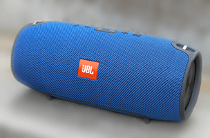 JBL Xtreme in blue
